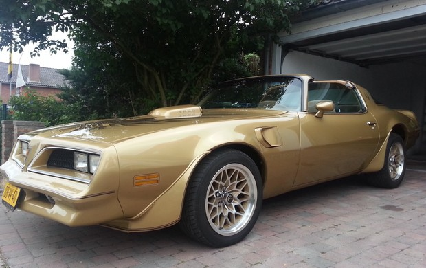 Transam Pontiac Firebird 1978 Gold Edition