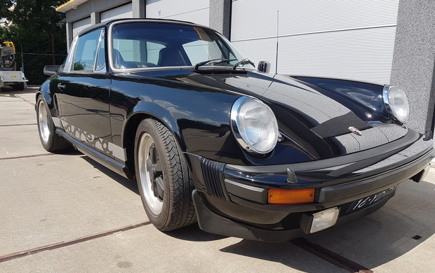 Porsche 911 targa 3.0